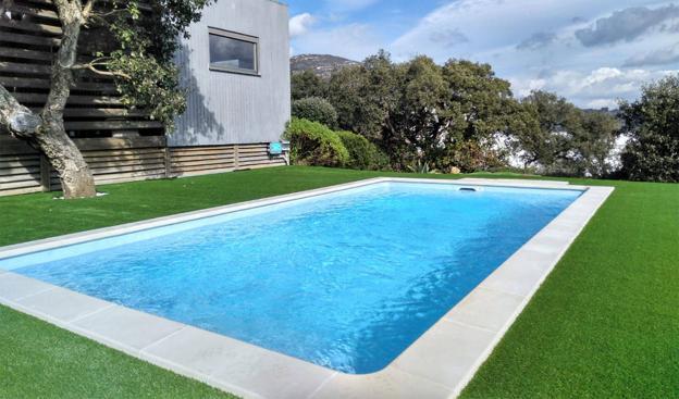 tubo-piscina-agua-fria-los-hidros-riobamba-quito-latacunga-ecuador